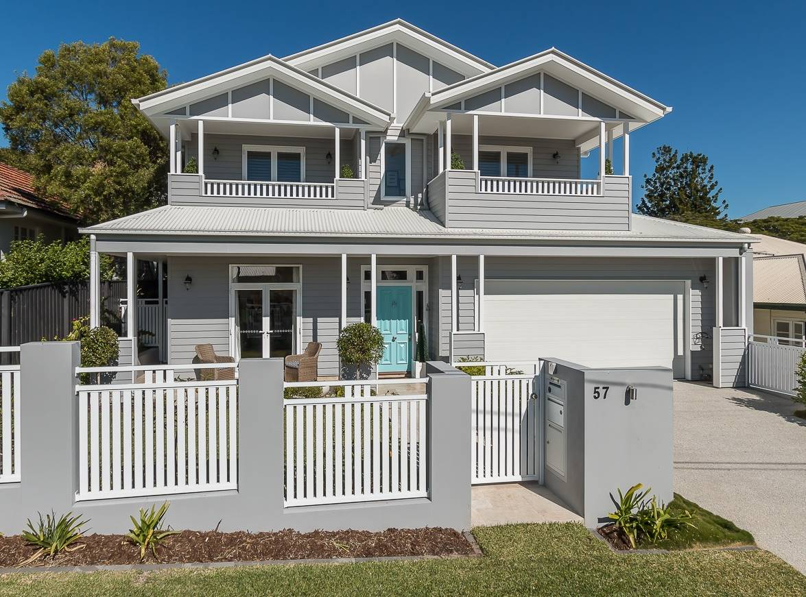 Long Island Queensland Home